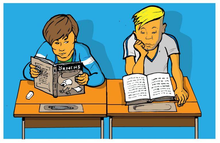 Pål och Erik sitter i klassrummet och läser